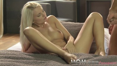 Mom Mummy Luvs Junior Cock