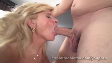 Sexy Blondie Mummy Gets Fucked