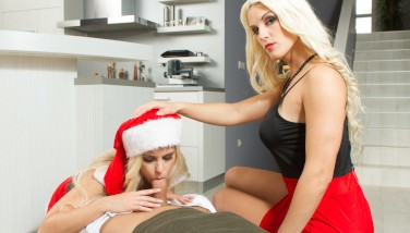 Virtual Taboo  Super Hot Christmas Bounty From Mom And Step Daughter